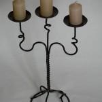 Подсвечник на три свечи.